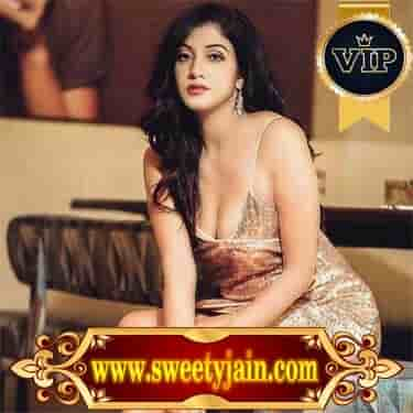 Srinagar Housewife Escorts